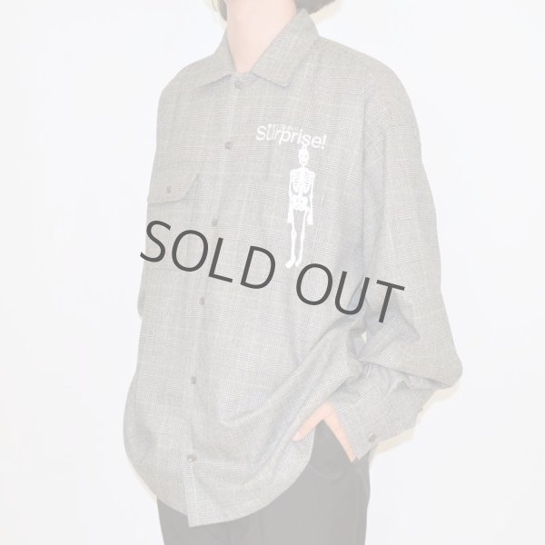 "画像1: doublet / ""SURPRISE!"" EMBROIDERY SHIRT(GREY) (1)"